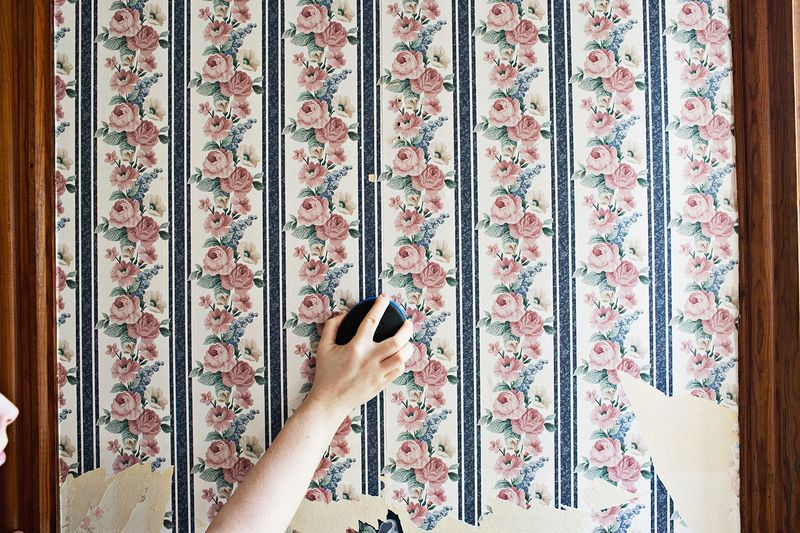 Simple Wallpaper Removing Tips