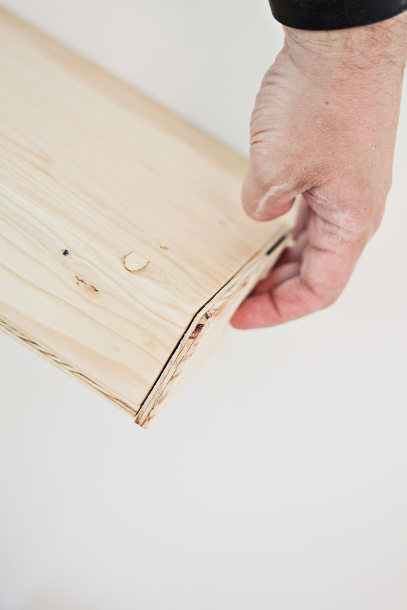 DIY floating shelves (end caps _ click through for more)