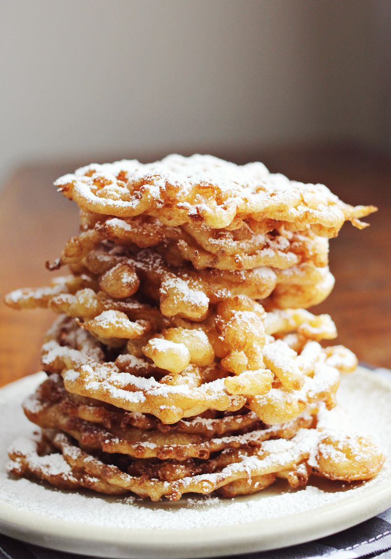Easy cakes to bake at home - Homemade Funnel Cakes