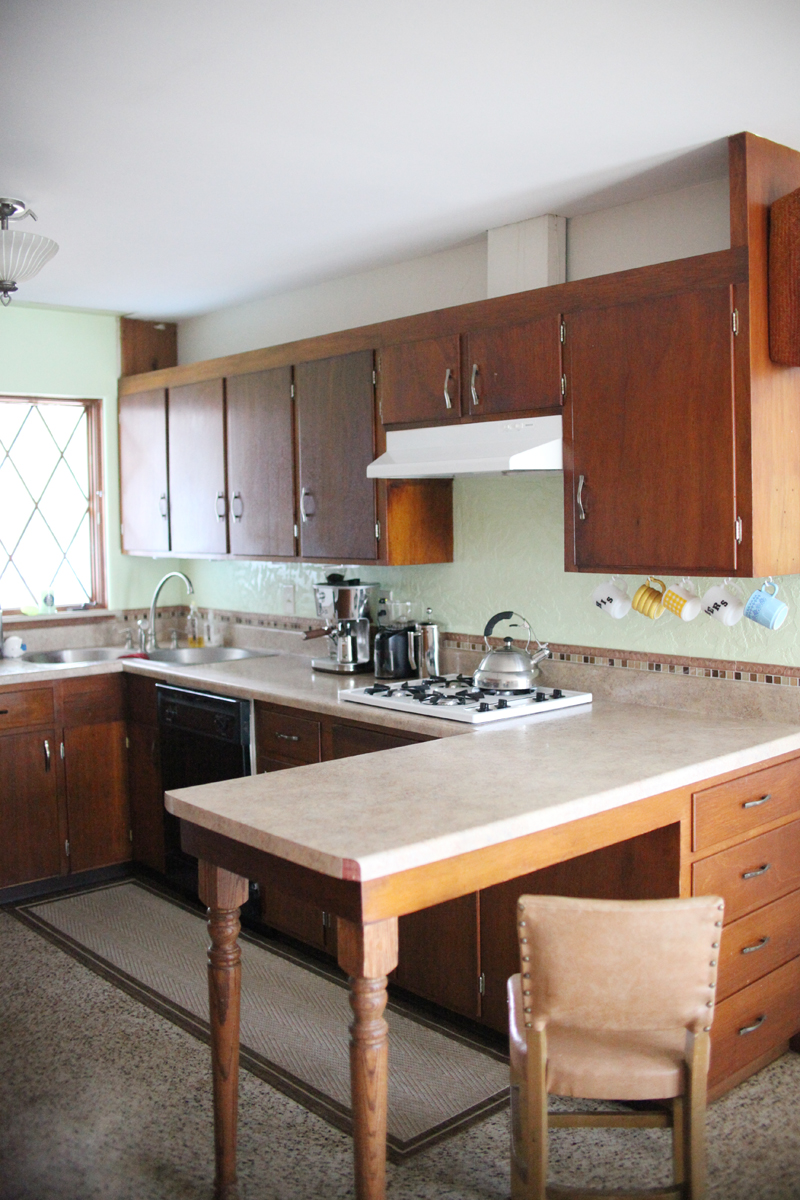 CRefinishing kitchen cabinets— the right way