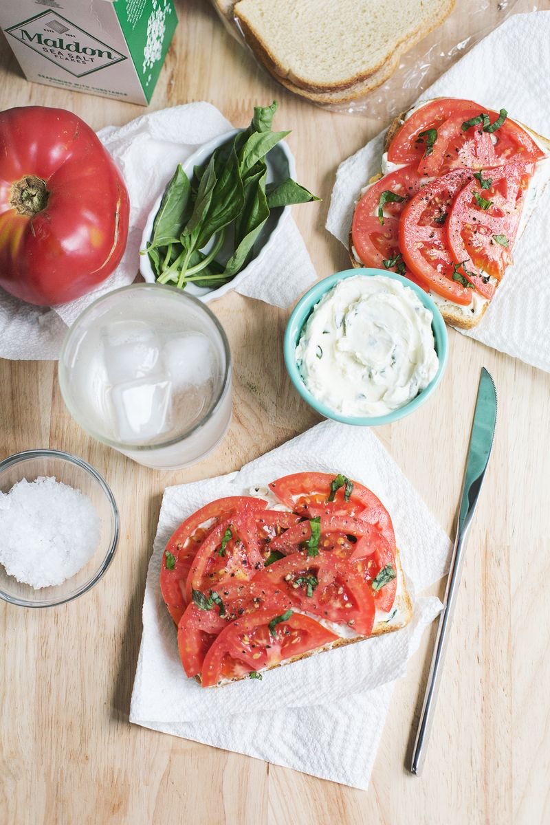 Tomato toast with basil cream cheese