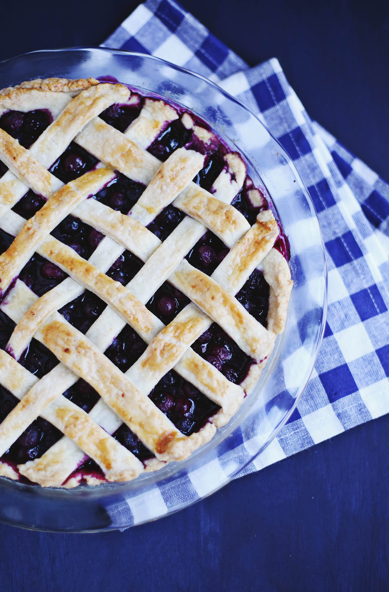 Zesty blueberry pie