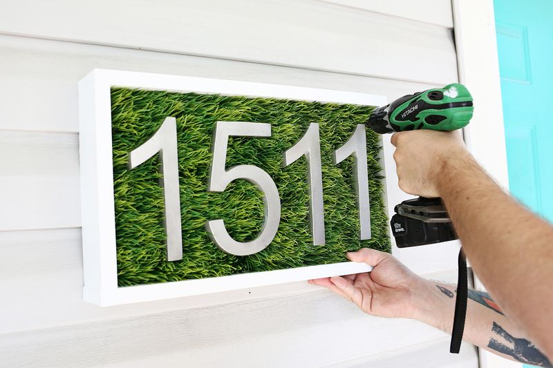 Modern House Number DIY (click Through For Tutorial)