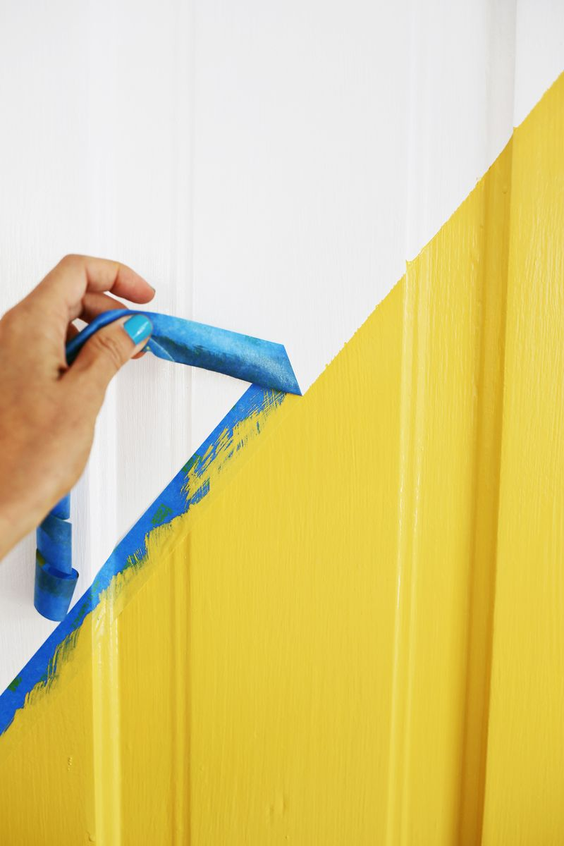 Easy door update! Love this (click through for tutorial)
