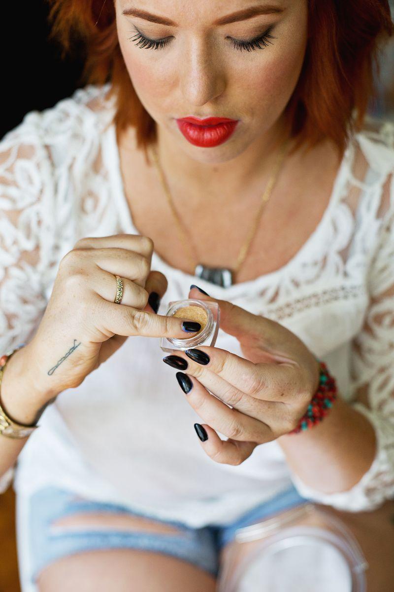 Best red lipstick trick