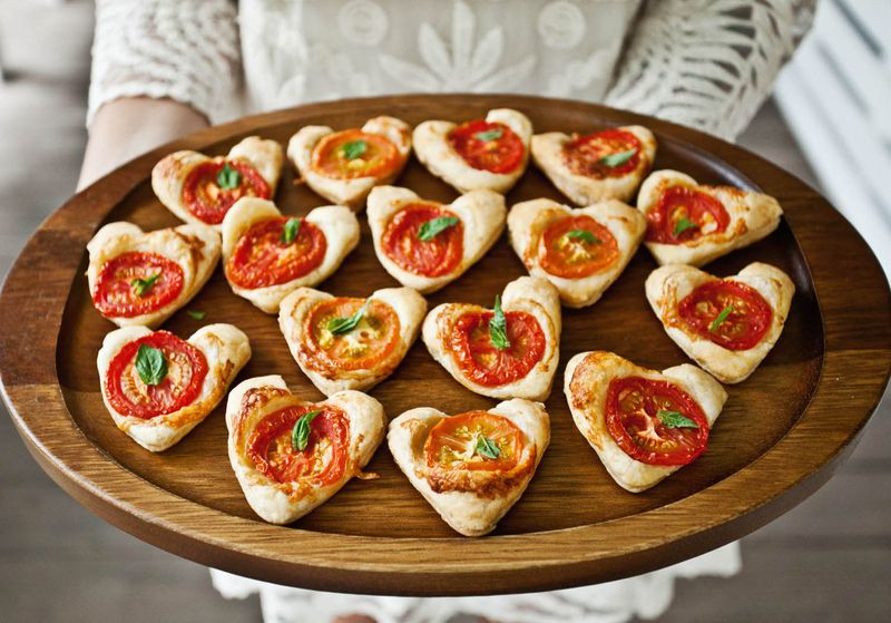 Cheesy tomato tarts