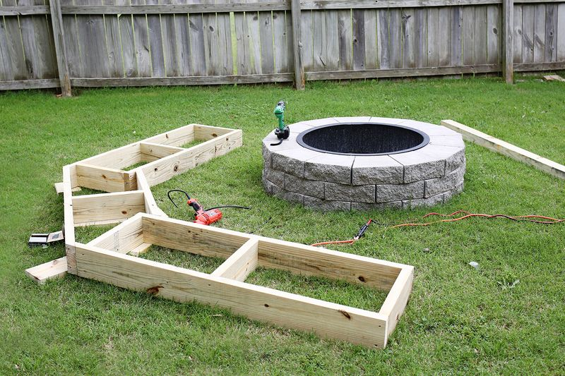 curved fire pit benches