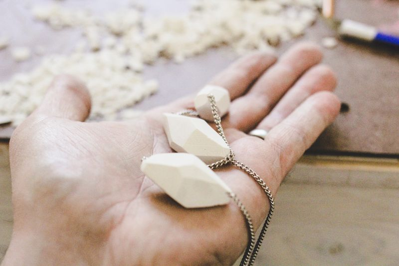 Clay geometric necklace diy (learn how to make it! click here)