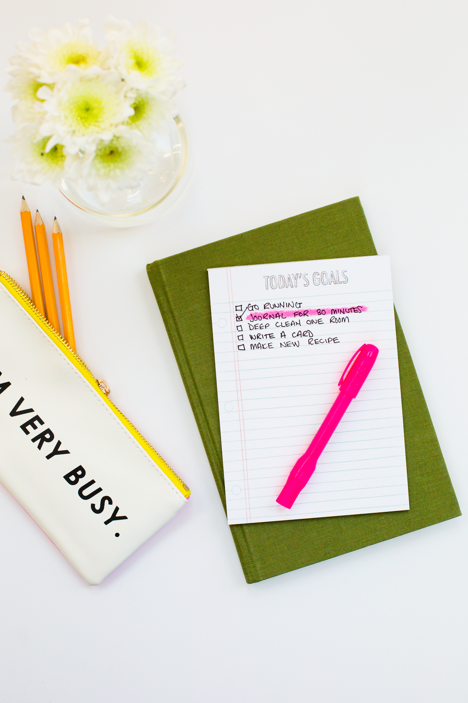 Great tips for using motivational lists to reach goals (click through for more)