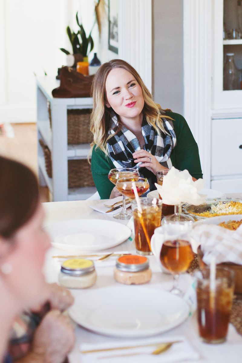 Thanksgiving hosting tips