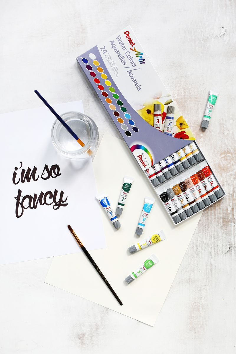 Watercolor Phrase Wall Art DIY (click through for tutorial)