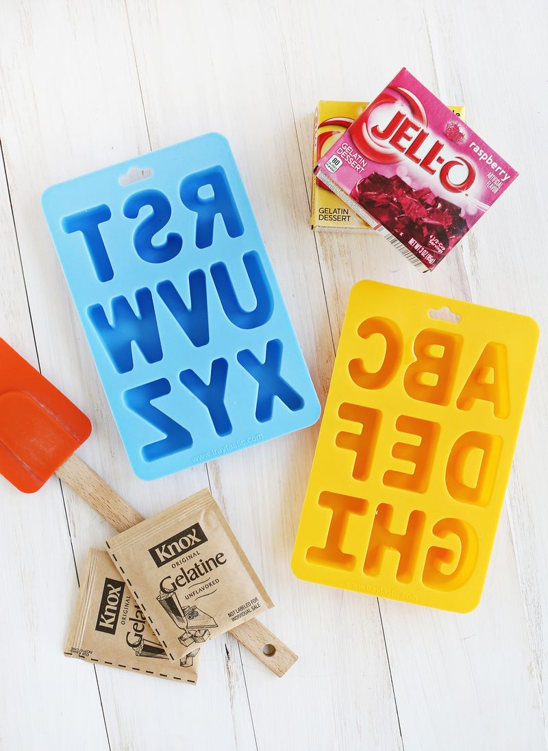 Looks so fun! Make your own gummy candy (click through for recipe)