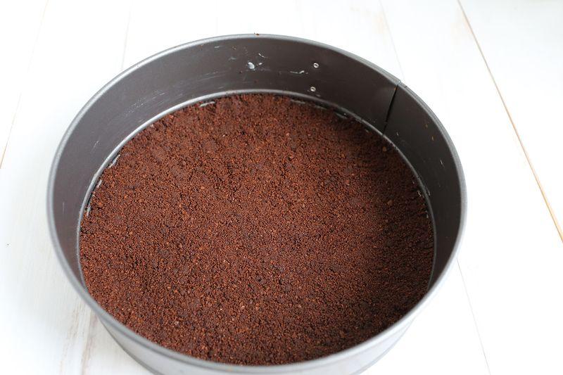 Chocolate crumb crust