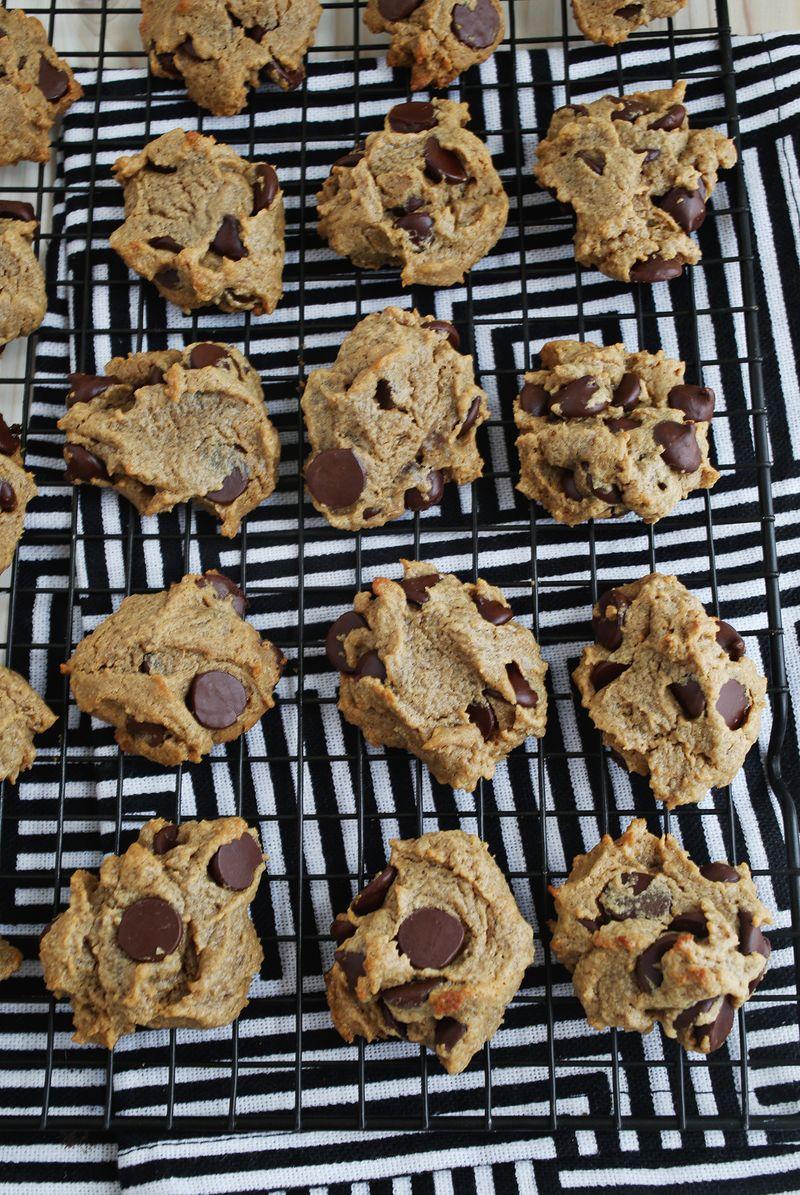 Cookies baking livestream night