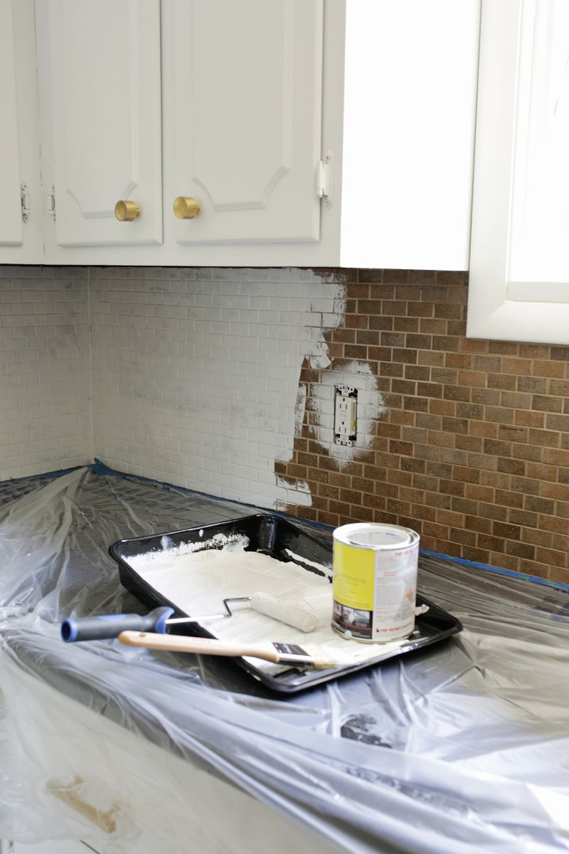 How to paint a tile backsplash a beautiful mess how to paint over tile need to do this click through for tutorial dailygadgetfo Images