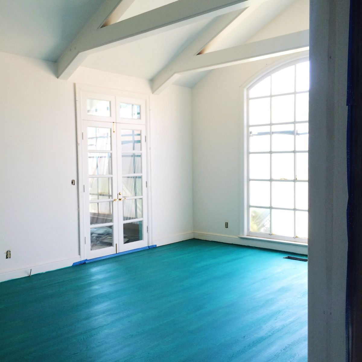 My Color Washed Living Room Floor - A Beautiful Mess