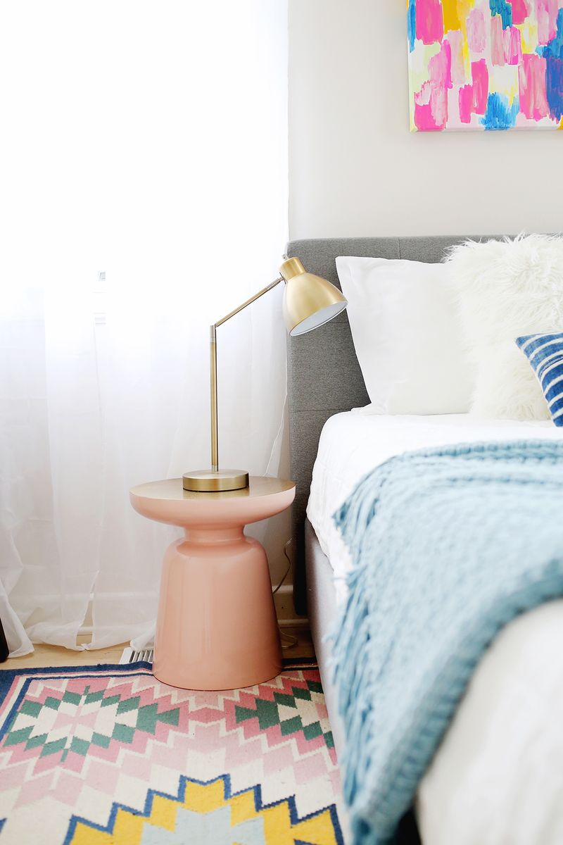 Amazing How To Set Up The Ultimate Guest Room A Beautiful Mess Largest Home Design Picture Inspirations Pitcheantrous