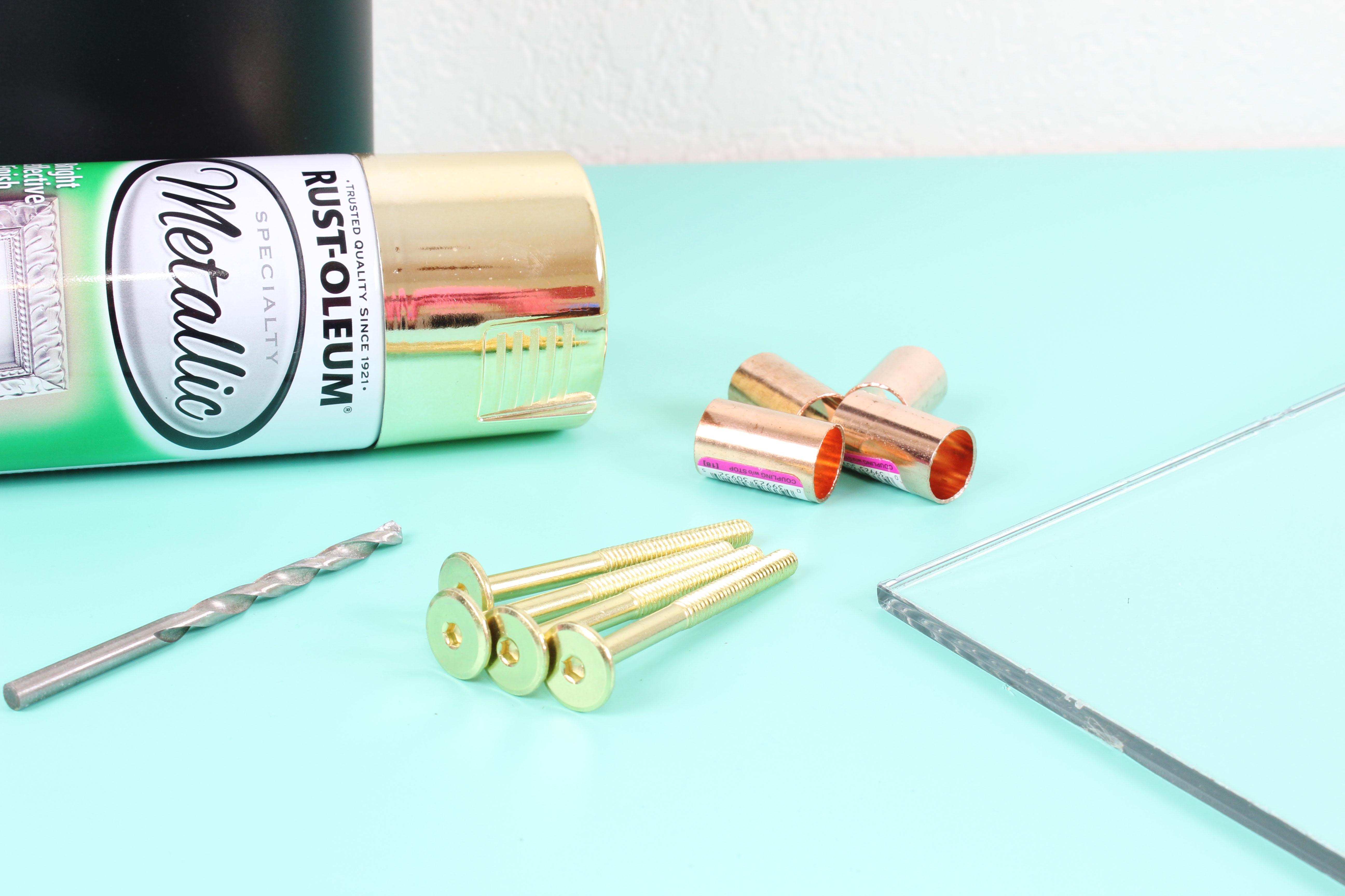 Love this DIY Acrylic Calendar (Click for tutorial)