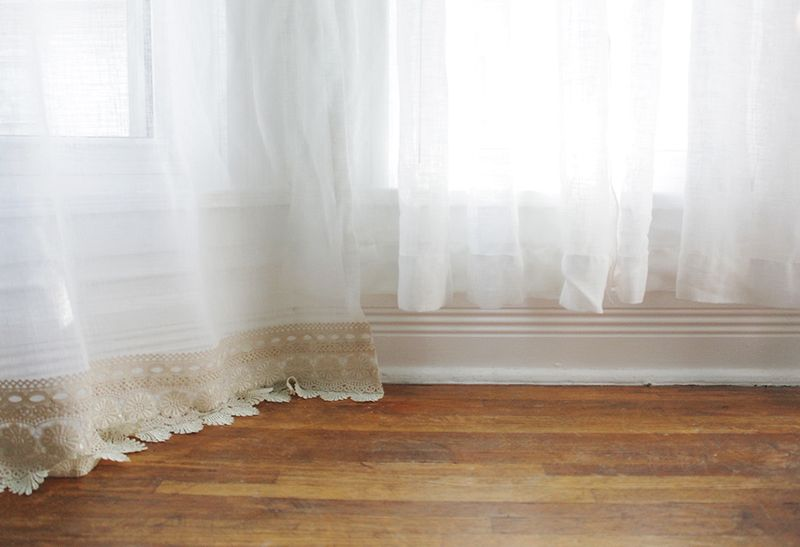A lovely way to lengthen your curtains without sewing