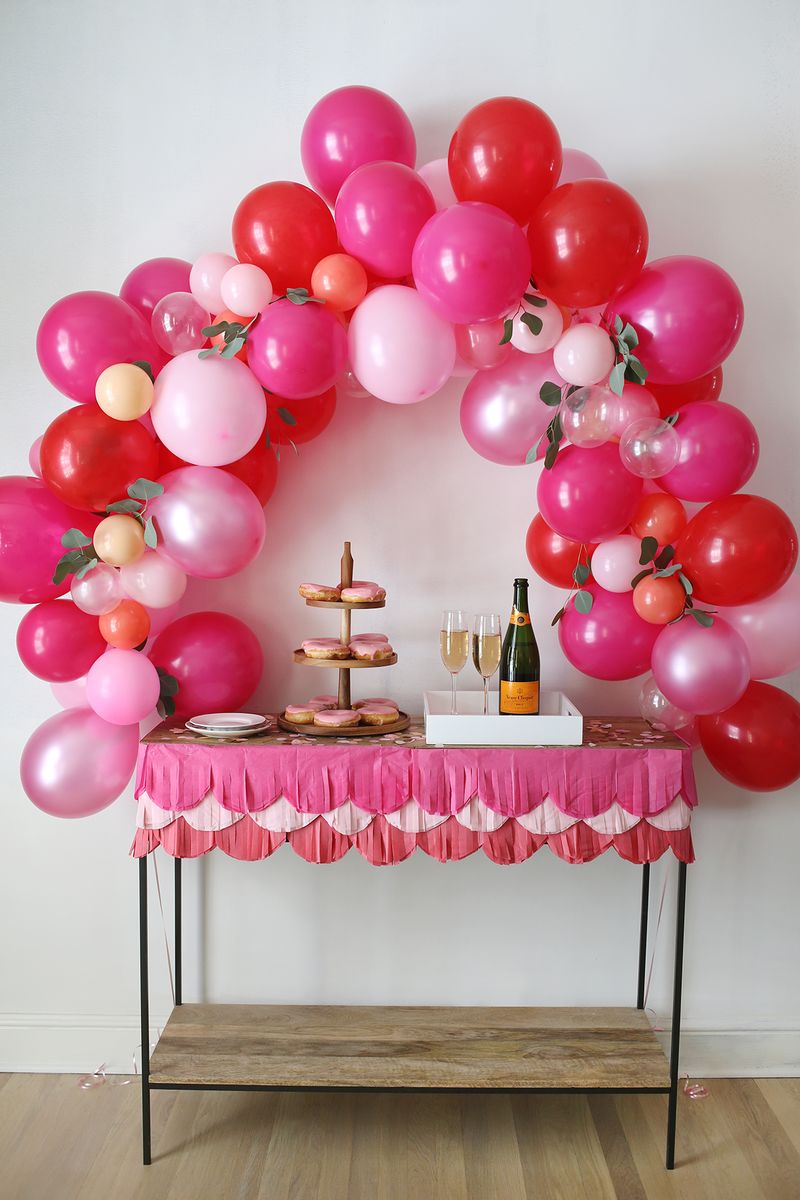 How to make a fancy balloon arch a beautiful mess for How to build a balloon arch