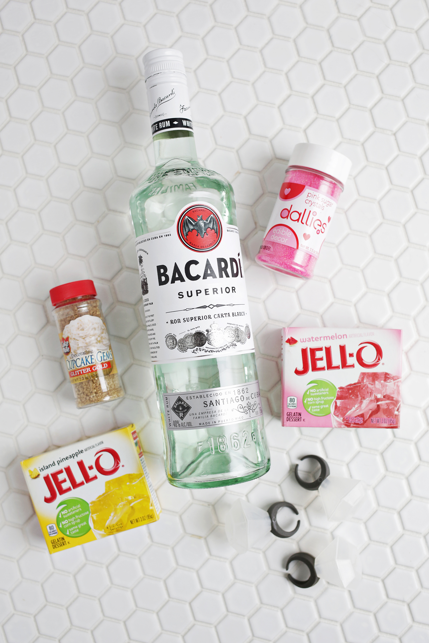 OMG! Diamond ring jello shots?? (click through for tutorial)