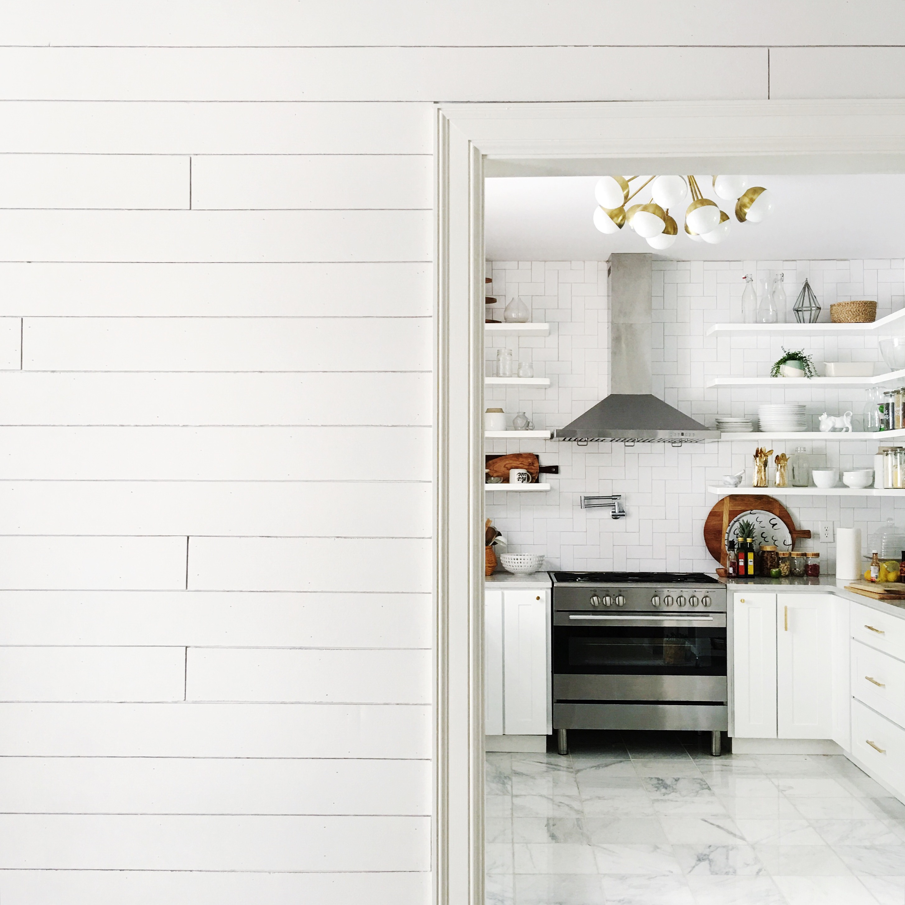 White Plank Kitchen Walls