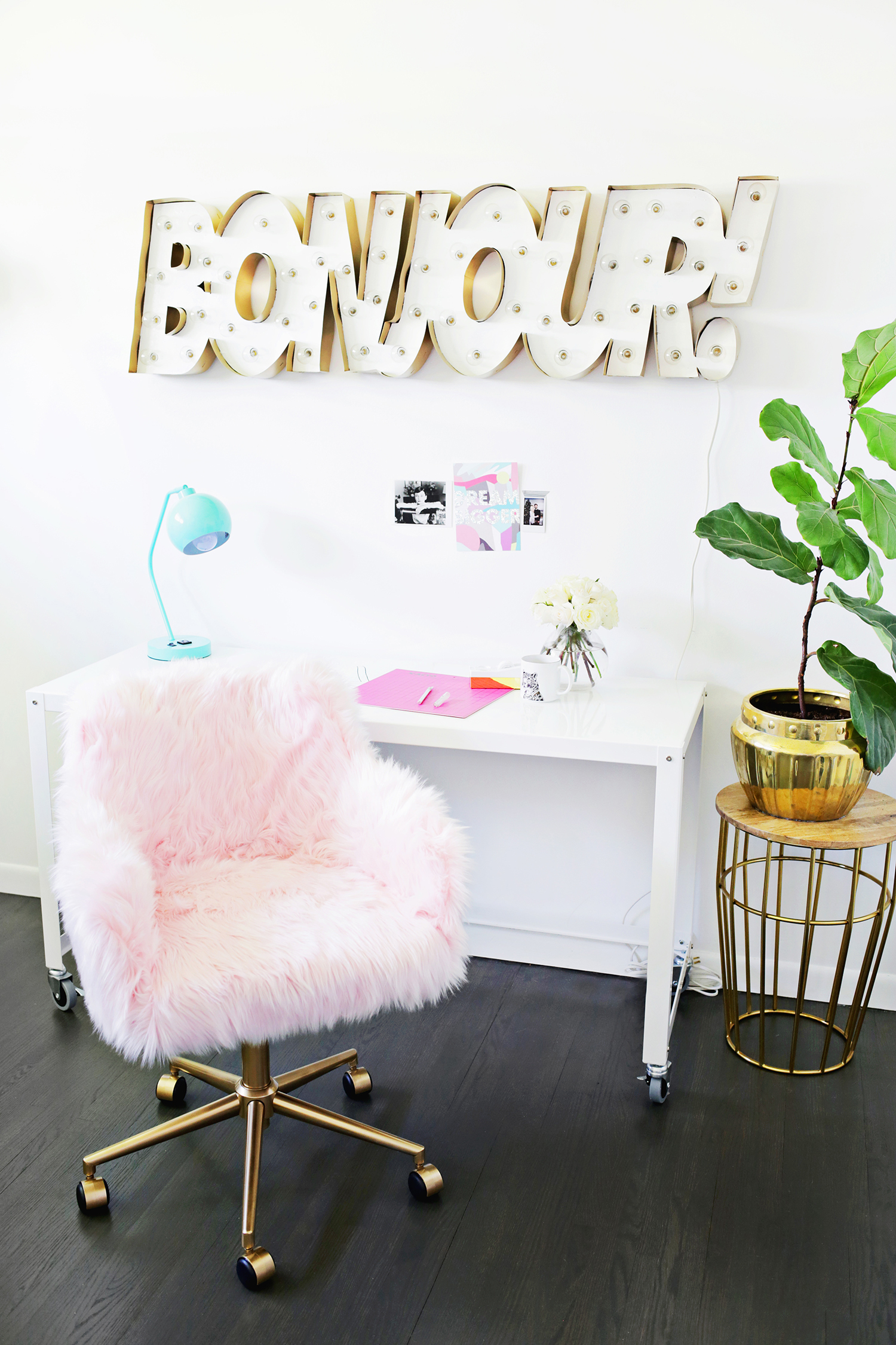 Office chair makeover, so cute! (click through for tutorial)