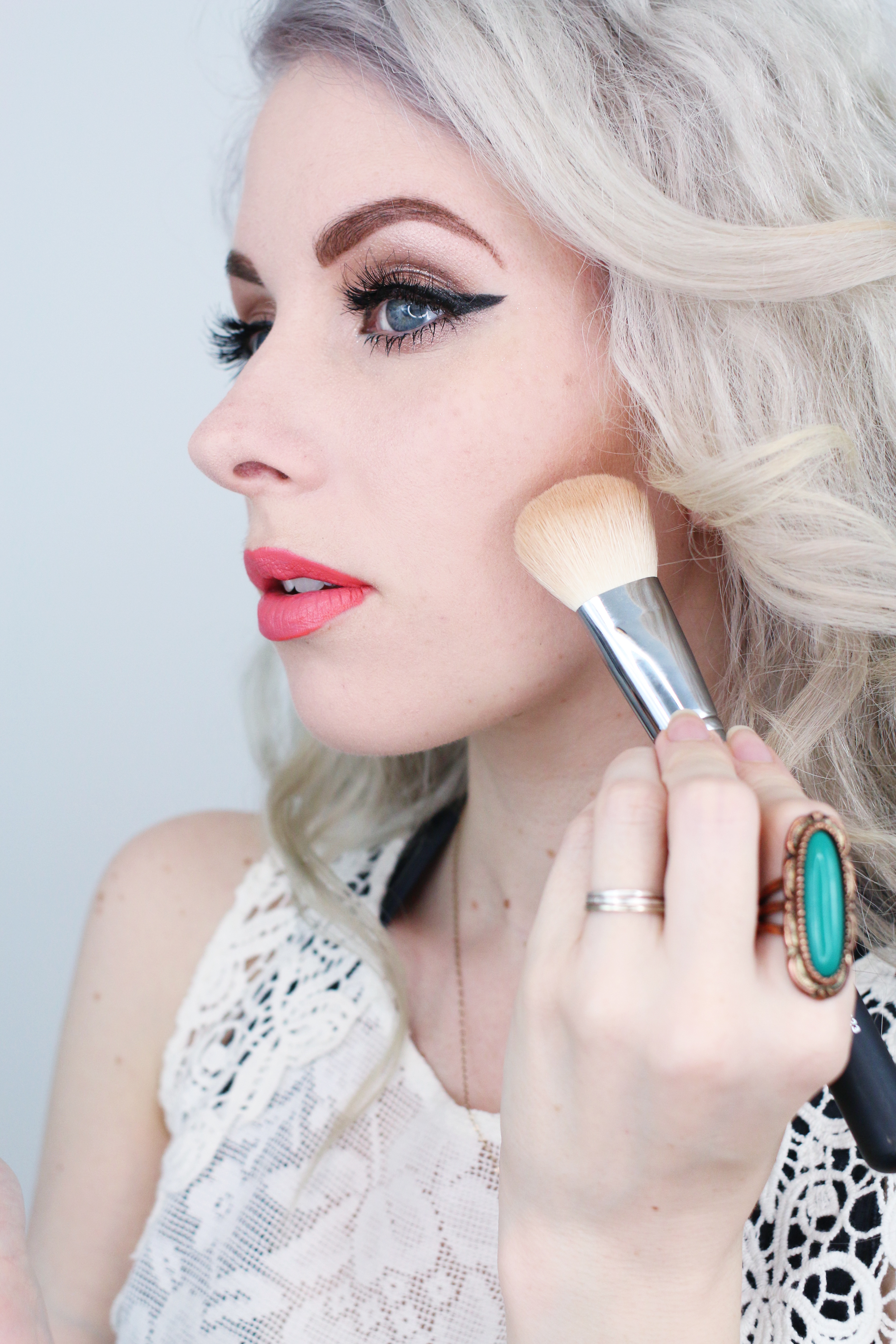 Easy & Natural Contouring & Highlighting (Perfect For