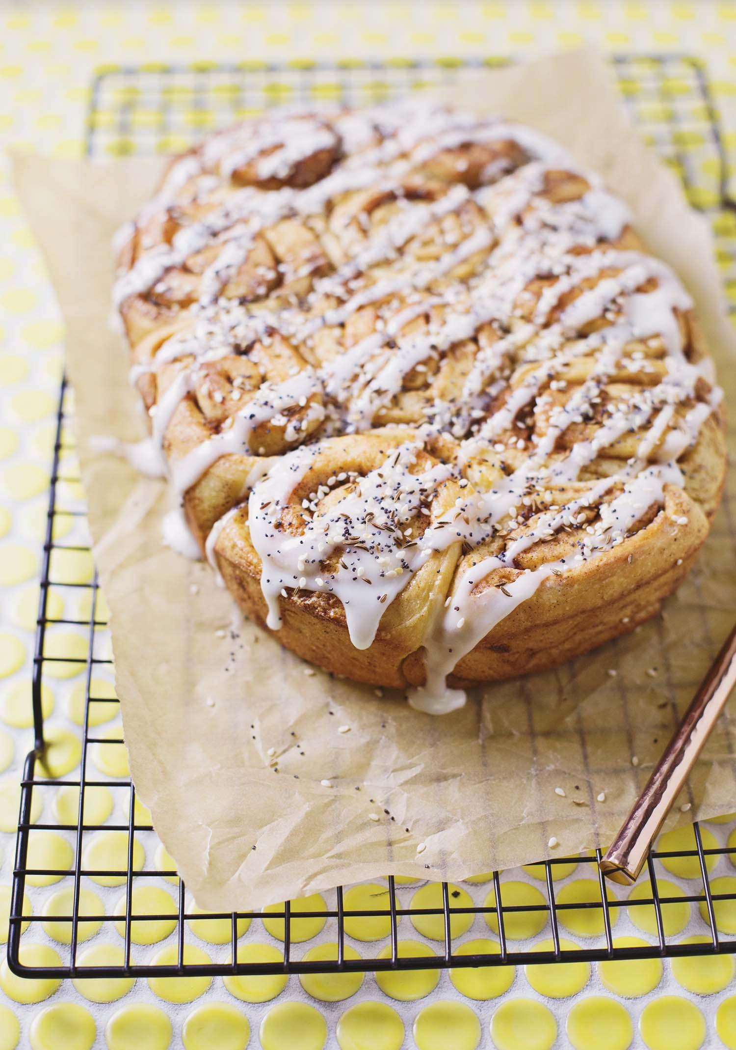 Seeded Cinnamon Rolls (via sleekbawd.com)