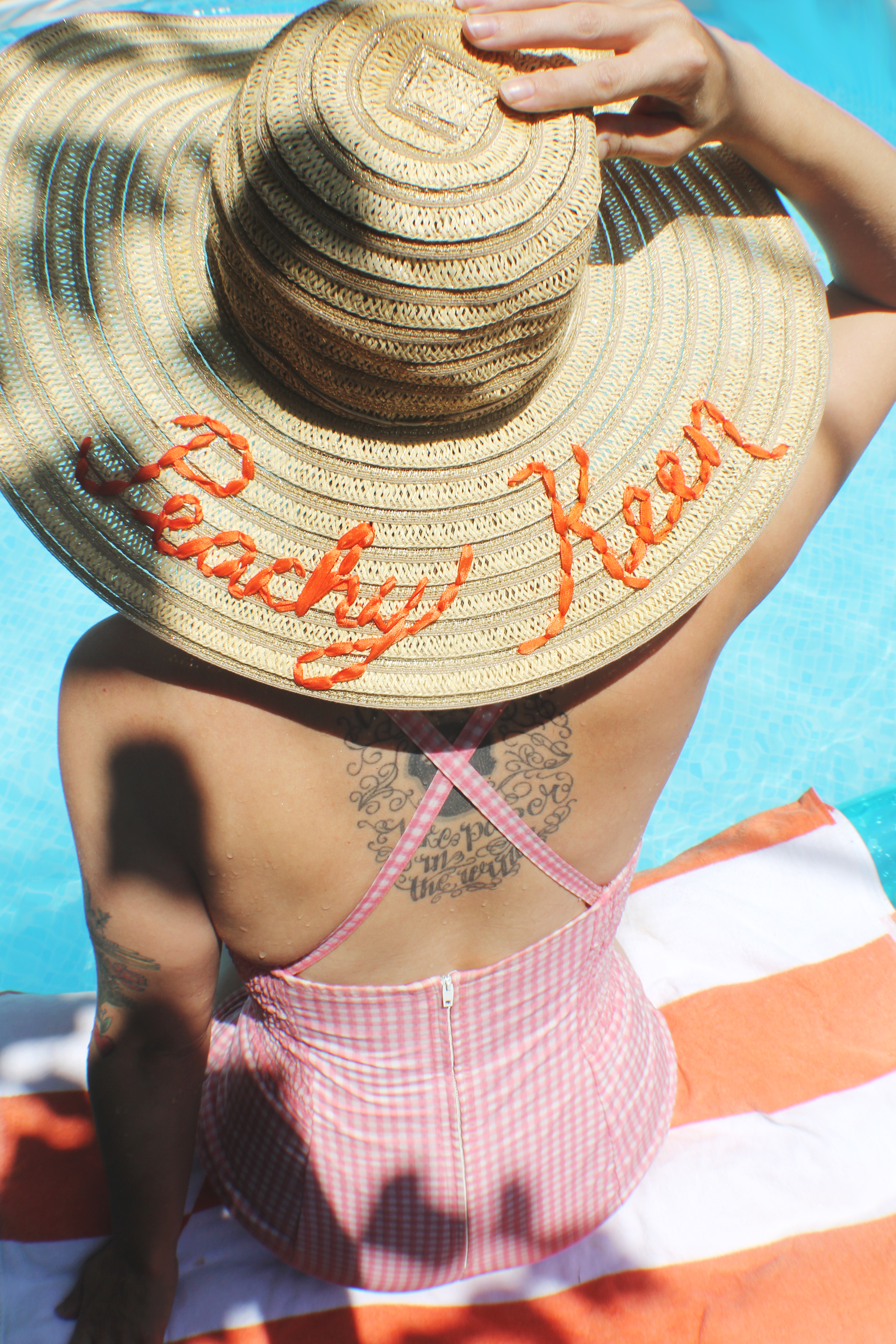 Love this hat embroidery DIY for summer!