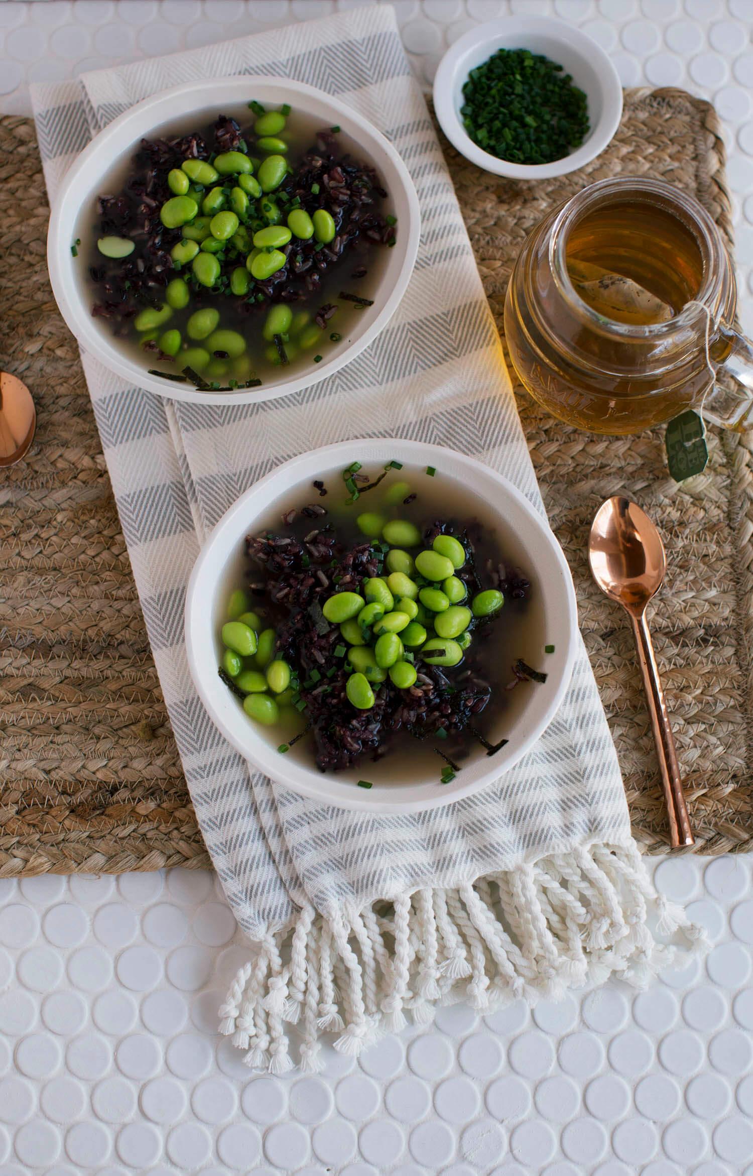 Miso Soup with Wild Rice and Edamame (via sleekbawd.com)