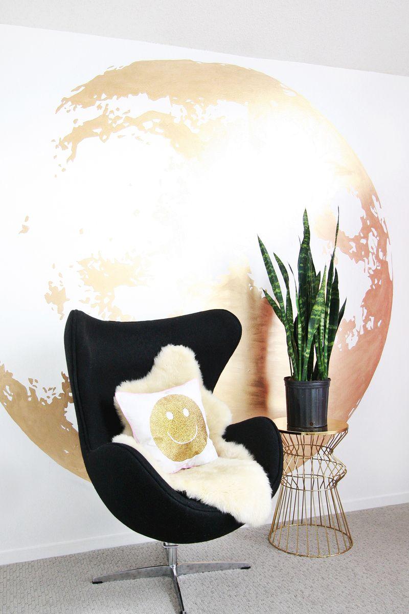 Gold moon wall DIY