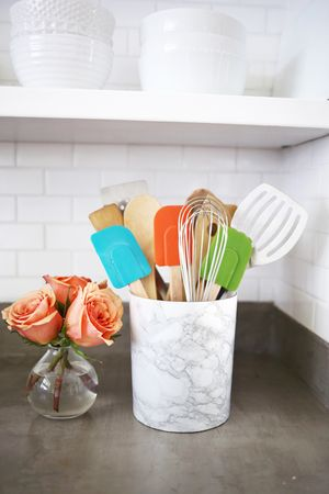 Try This: Easy Marble Utensil Holder DIY