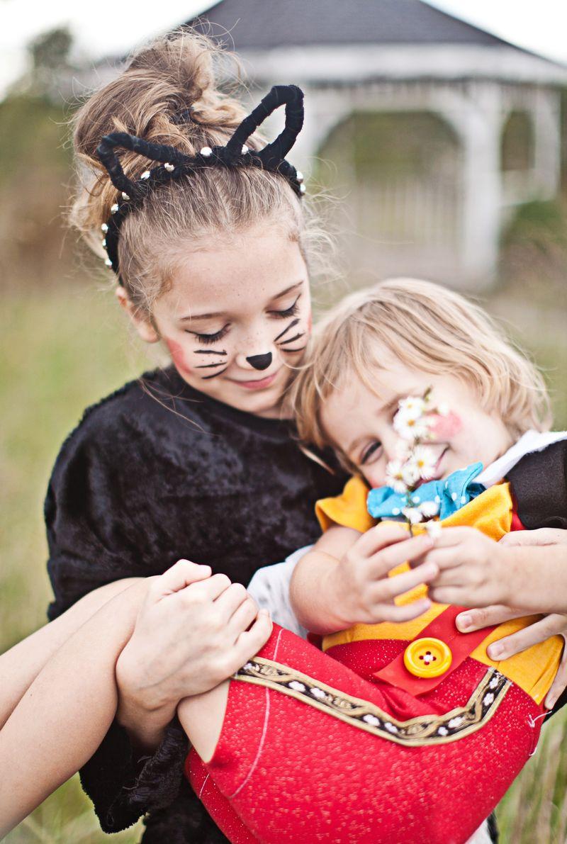 Figaro and Pinocchio-- family costume idea