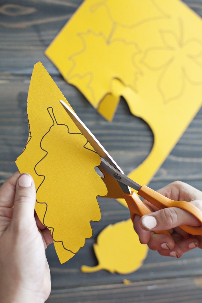 Paper Leaf Garland— print the template to make your own!