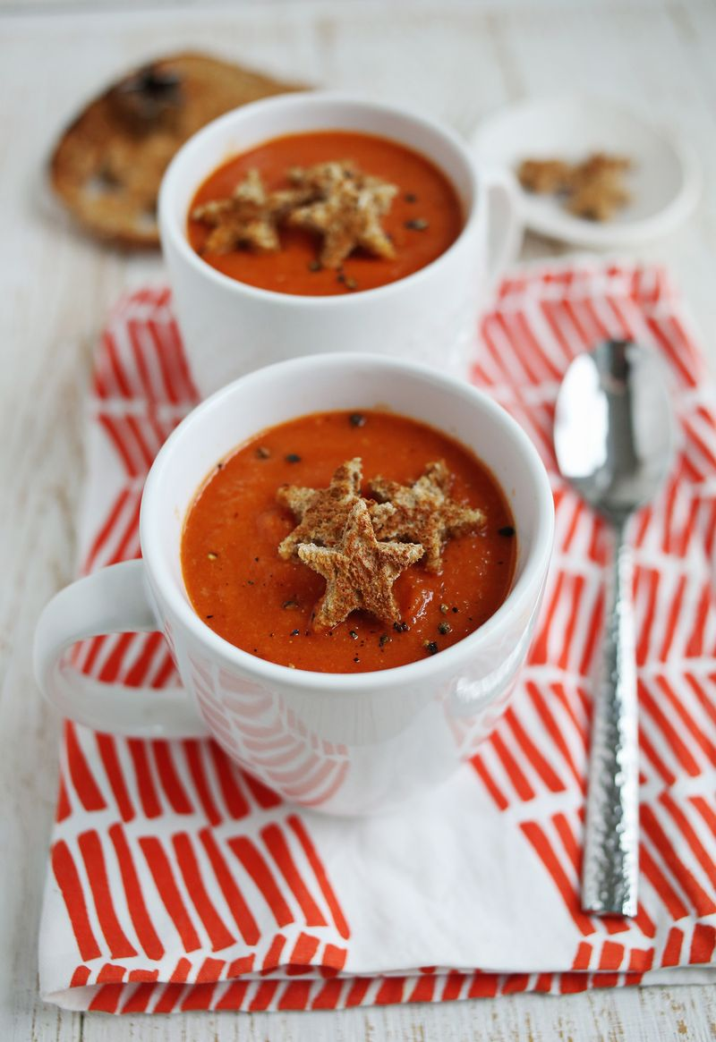 Roasted Red Pepper and Tomato Soup via A Beautiful Mess