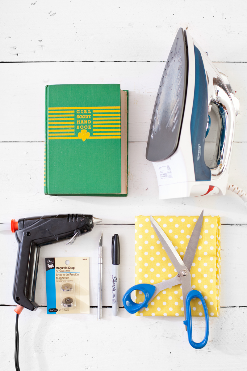 Turn an old book into a new purse a beautiful mess turn an old book into a new purse step by step instructions and photos solutioingenieria Choice Image