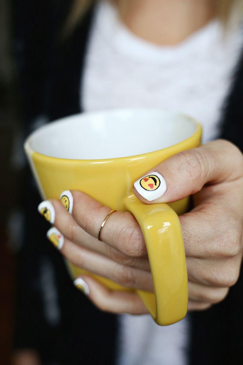 OMG! Emoji nail decal DIY!! (click through for tutorial)