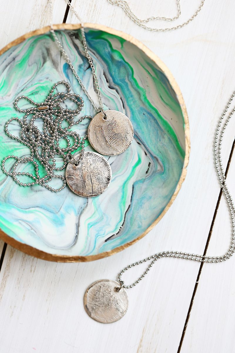 Have to do this! Use metal clay at home to make a pure silver fingerprint pendant necklace (click through for tutorial)