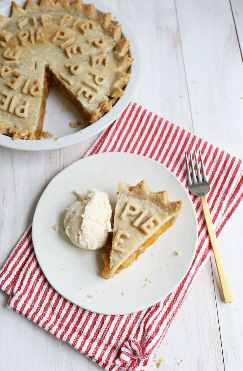 My favorite peach pie (via abeautifulmess.com)