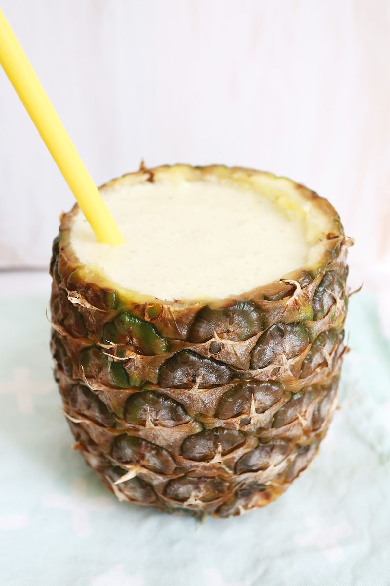 Pineapple Coconut Daiquiri in A PINEAPPLE CUP!!
