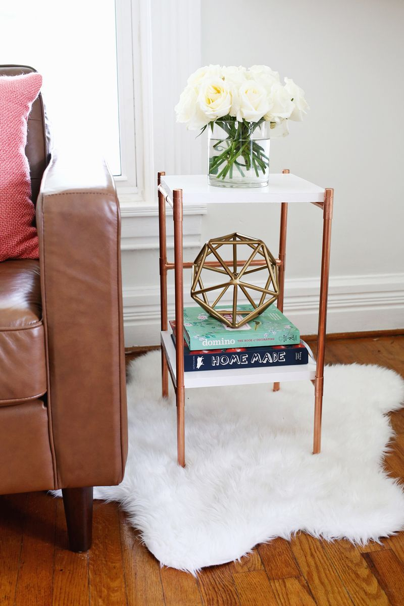 Copper pipe side table diy a beautiful mess for Table y copper