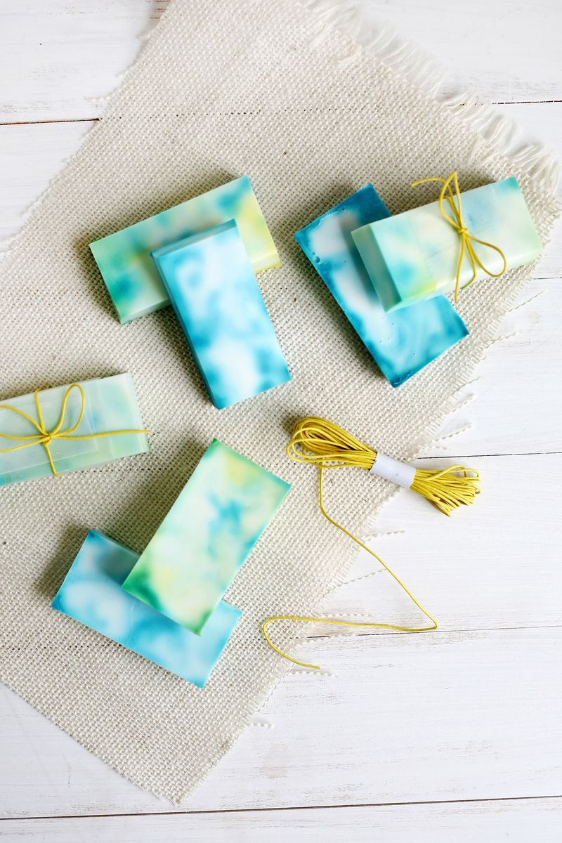 Make Your Own Tie Dye Soap