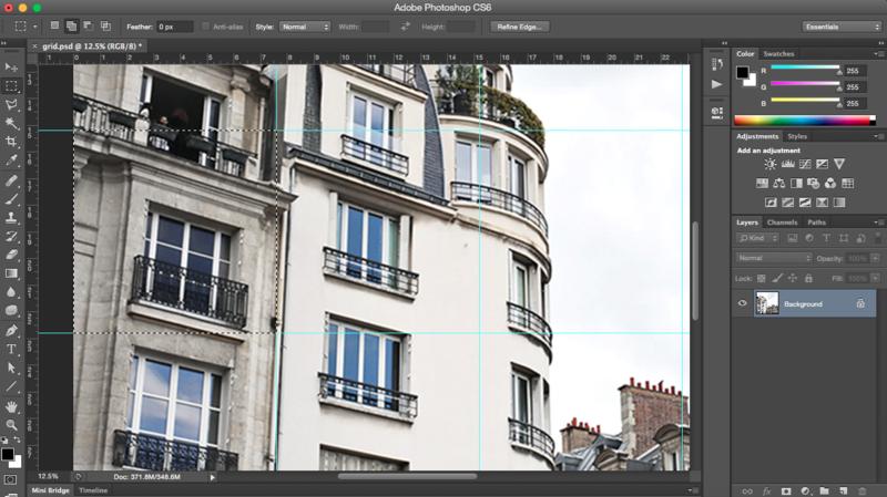 Oversized Tiled Photo Art (click through for tutorial)