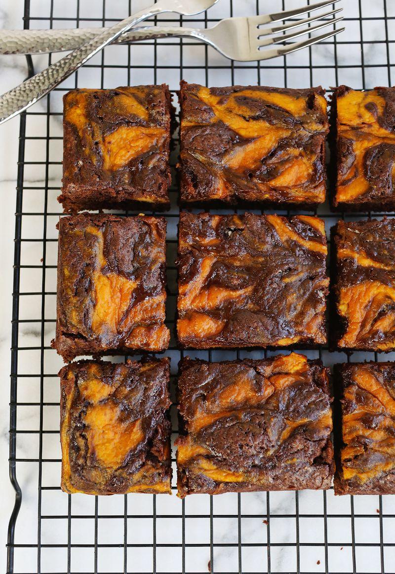 Marbled Pumpkin Brownies (via abeautifulmess.com)