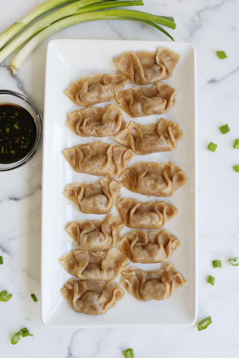 Whole Wheat Veggie Gyoza (via abeautifulmess.com)