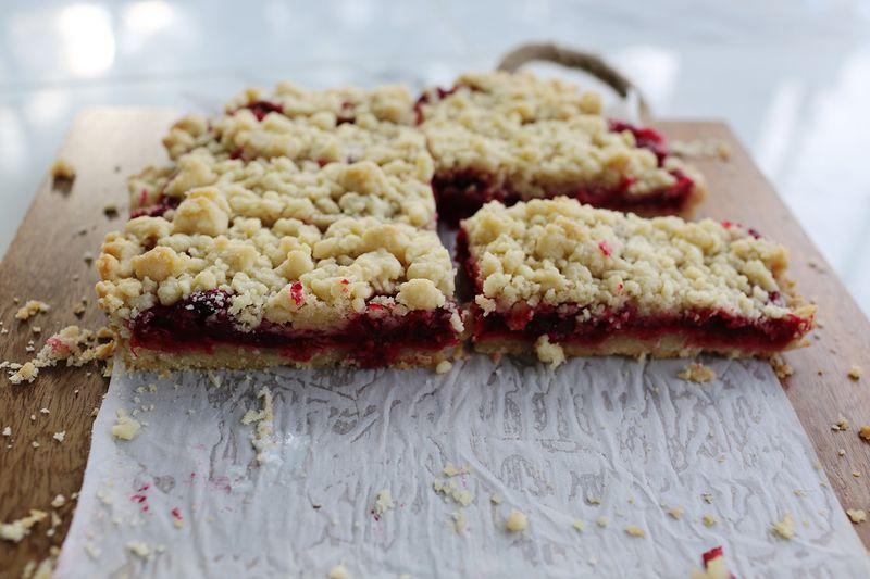 Cranberry pie bars