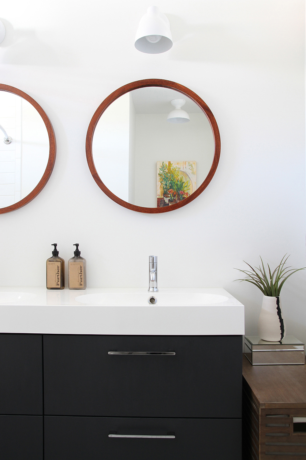 Loved these circle mirrors!