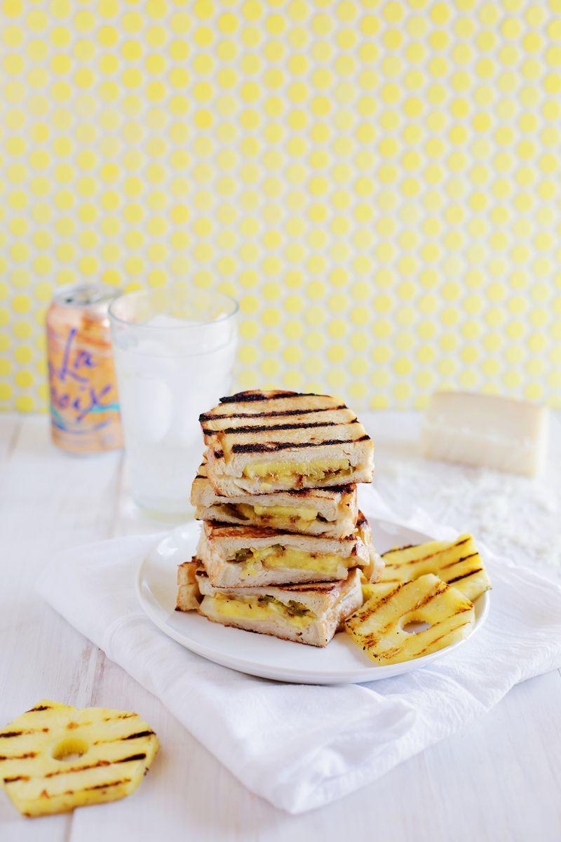 Sweet heat grilled cheese (via abeautifulmess.com)