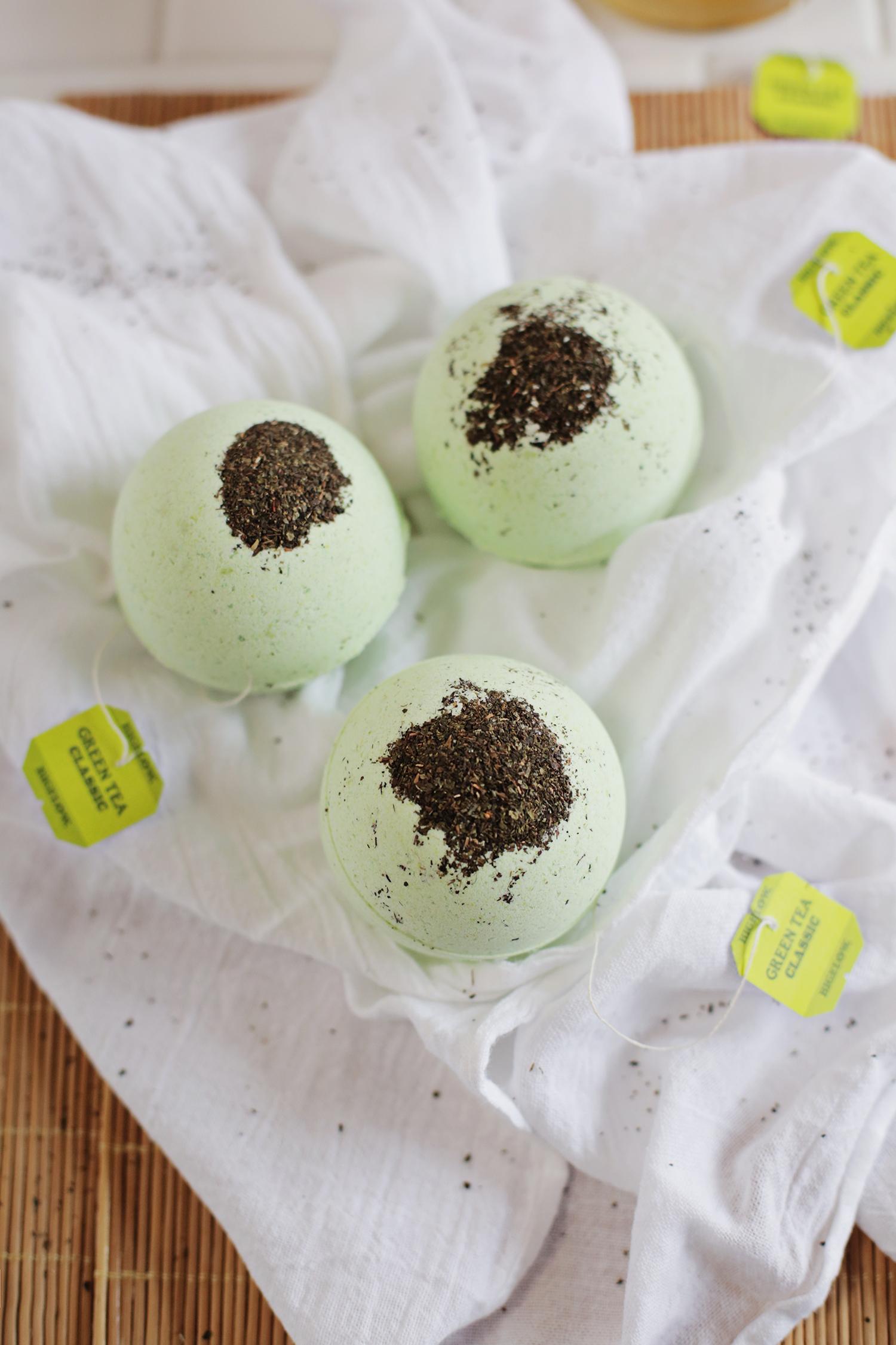 DIY Green Tea and Lemon Bath Bombs (via abeautifulmess.com)